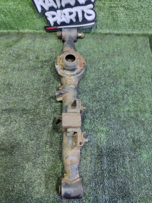 Рычаг Nissan Elgrand AVWE50 QD32ETI 1998 задний левый (б/у)