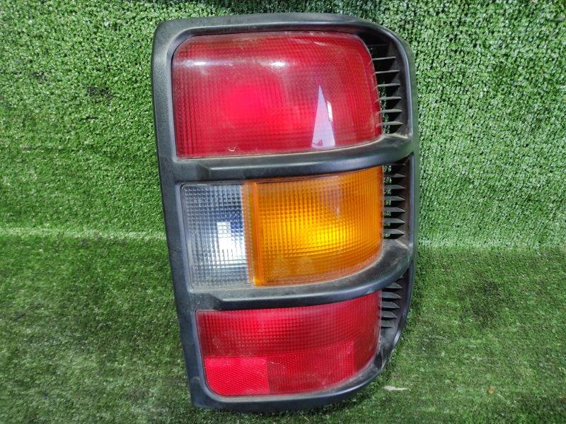 Стоп-сигнал Mitsubishi Pajero V25W 6G74 1998 задний правый (б/у)