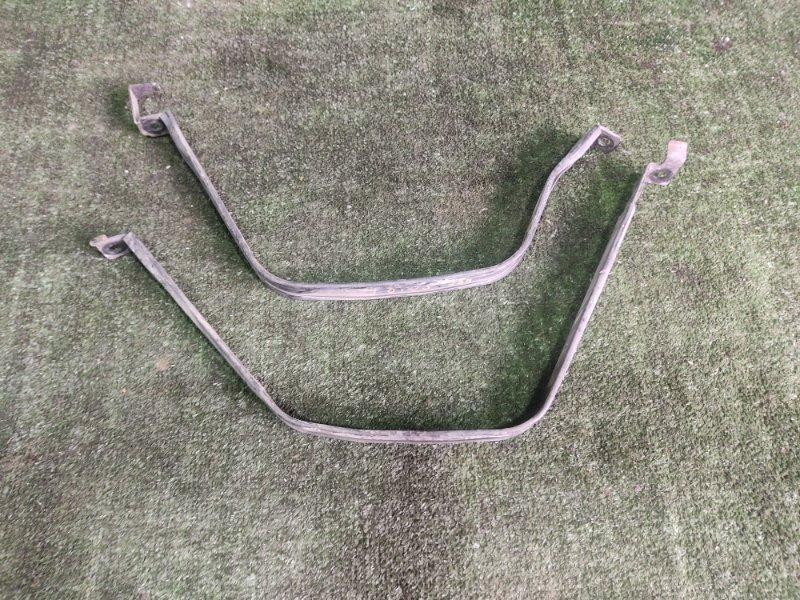 Крепление бака Mazda Bongo Friendee SGLR WLT 1996 (б/у)