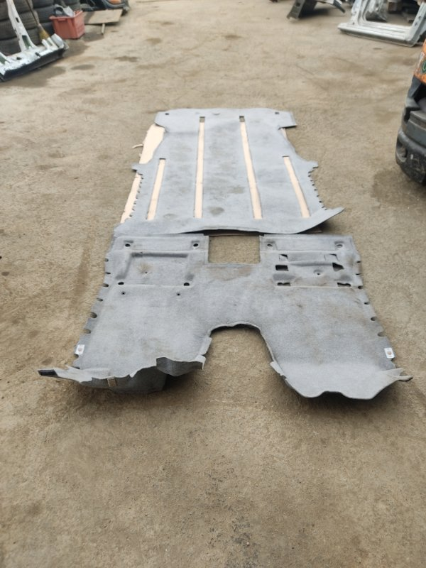 Ковер пола Toyota Alphard MNH15 1MZFE 2002 (б/у)