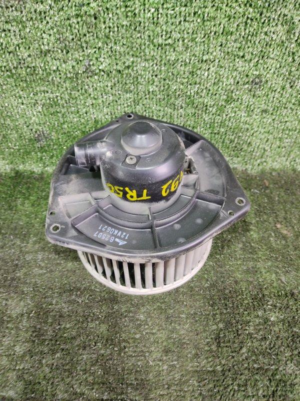 Мотор печки Nissan Terrano TR50 ZD30DDTI 2000 (б/у)