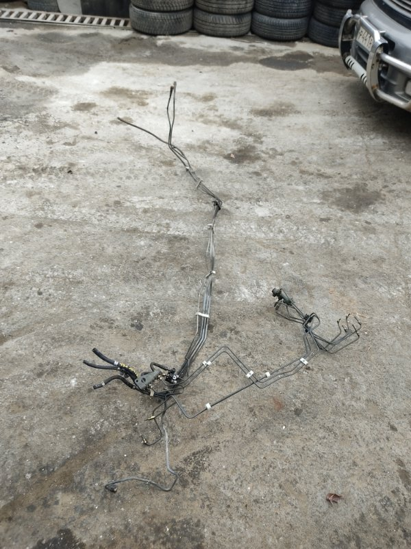 Трубки топливопровода Suzuki Jimny Wide JB43W M13A 2004 (б/у)