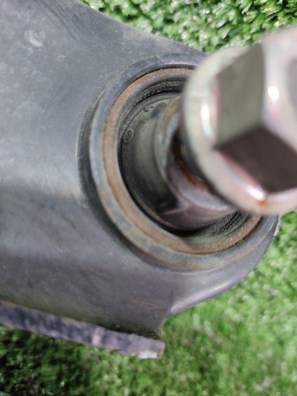 Рычаг Mitsubishi Rvr GA3W 4B10 2010 задний правый (б/у)