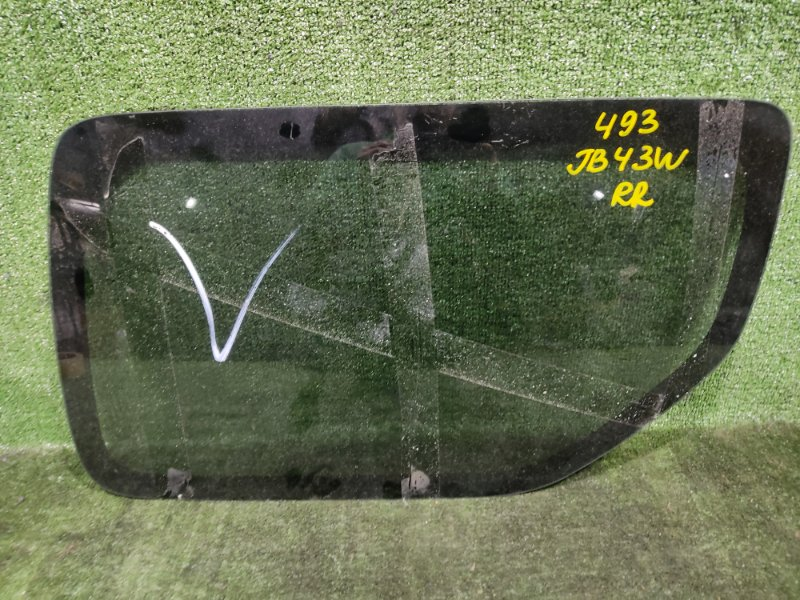 Стекло собачника Suzuki Jimny Wide JB43W M13A 2004 заднее правое (б/у)