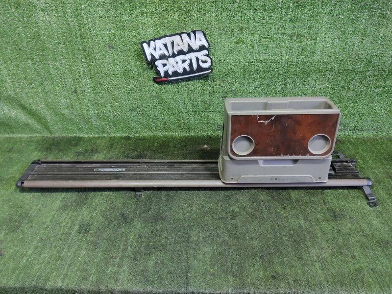 Бардачок между сиденьями Nissan R'nessa PNN30 KA24DE 1997 (б/у)
