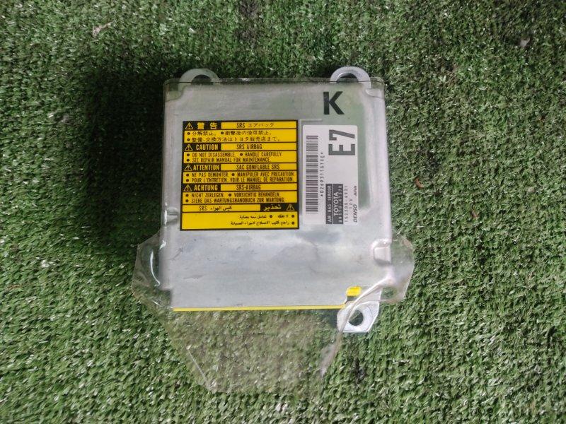 Блок управления airbag Toyota Prius NHW20 1NZFXE 2004 (б/у)