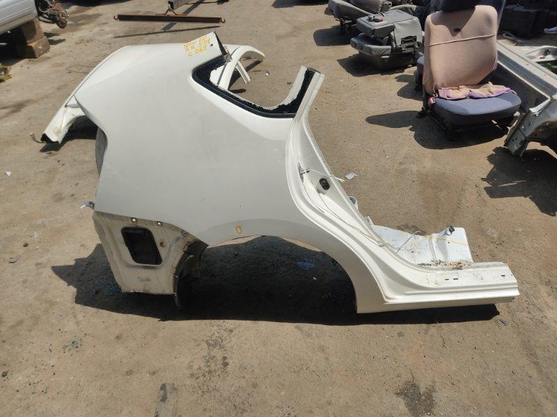 Крыло Toyota Prius NHW20 1NZFXE 2004 заднее правое (б/у)