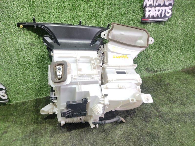 Печка Toyota Vitz NSP135 1NRFE 2012 передняя (б/у)