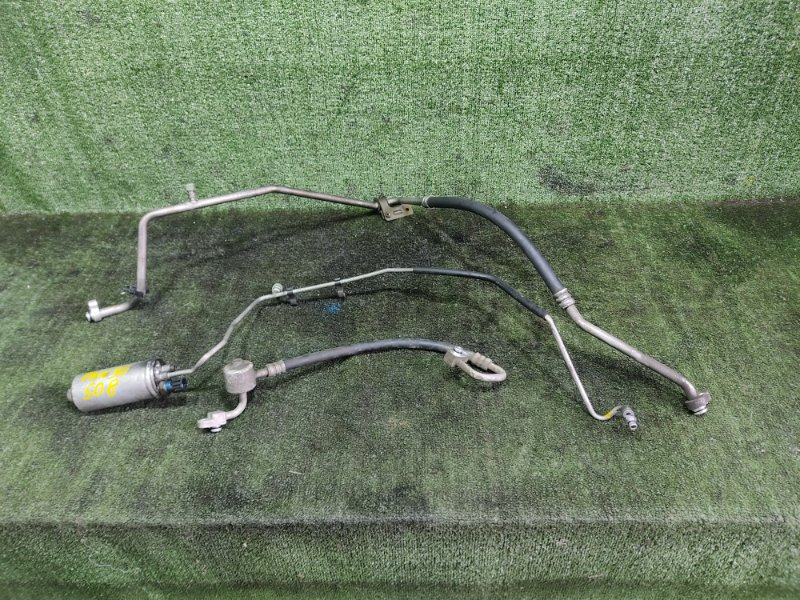 Трубки кондиционера Nissan R'nessa PNN30 KA24DE 1997 (б/у)
