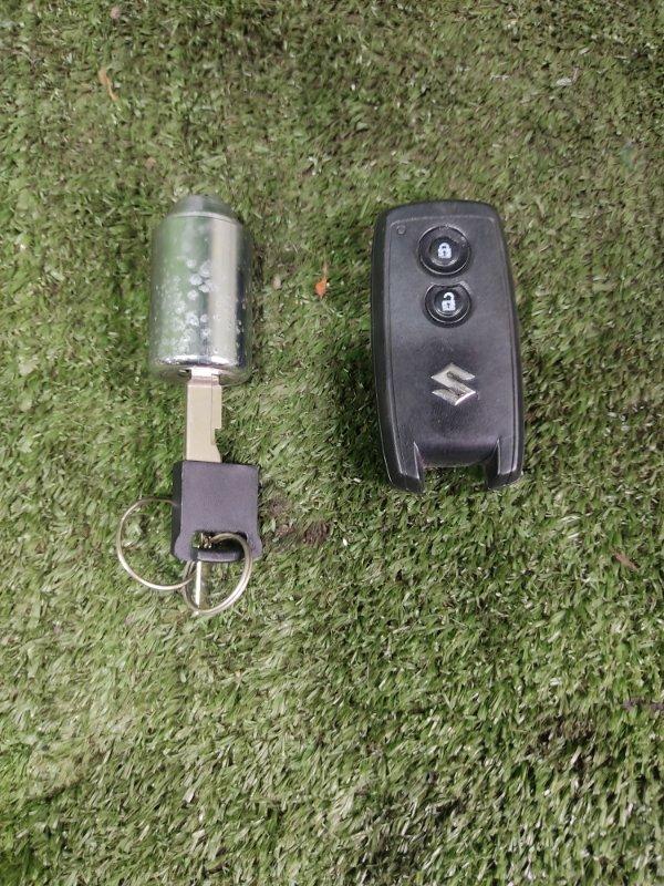 Ключ зажигания Suzuki Escudo TD54W J20A 2006 (б/у)