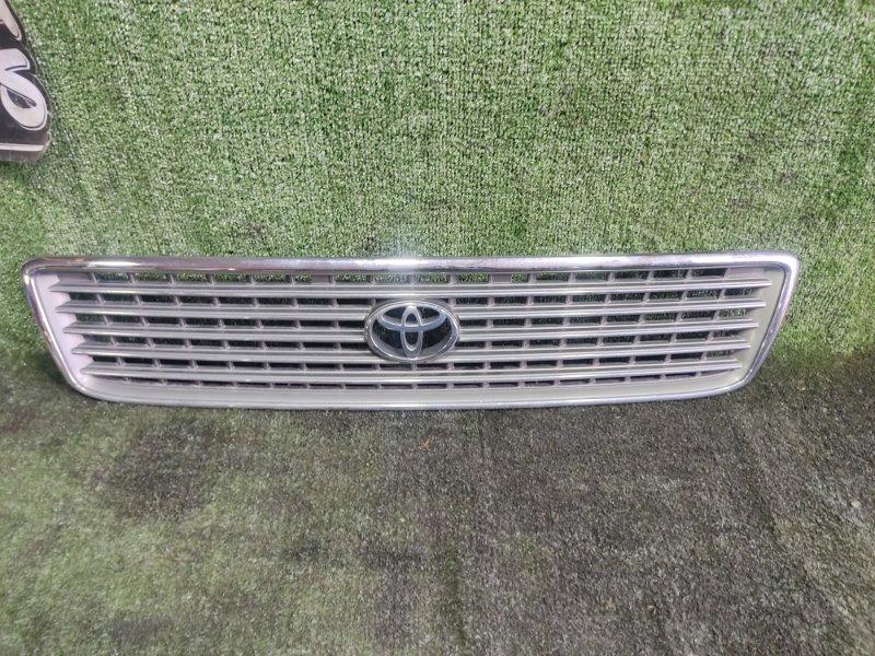 Решетка радиатора Toyota Hiace KZH106W 1KZTE 1997 (б/у)
