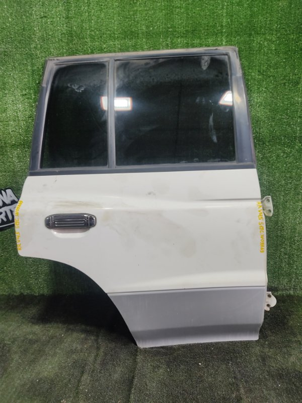Дверь Mitsubishi Pajero V45W 6G74 1997 задняя правая (б/у)