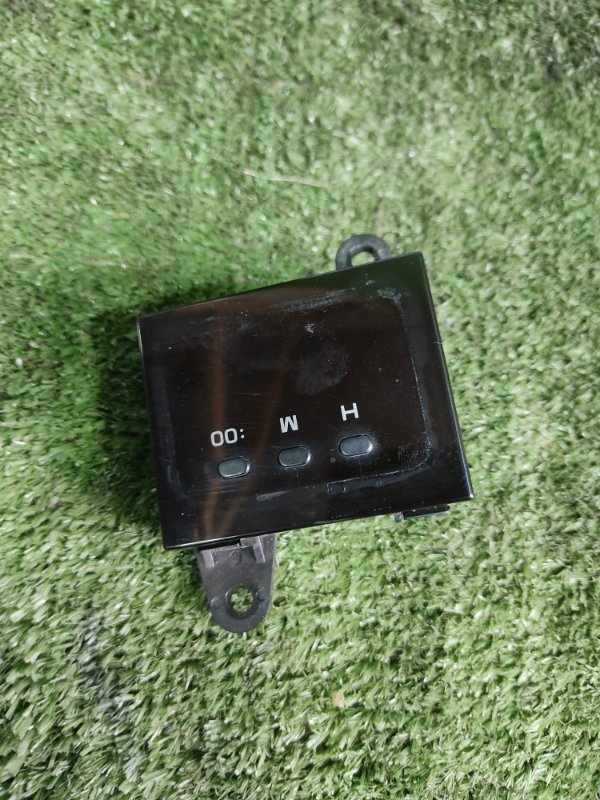 Часы Toyota Hiace KZH106W 1KZTE 1997 (б/у)