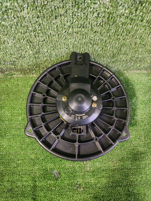 Мотор печки Honda Cr-V RD5 K20A 2001 передний (б/у)