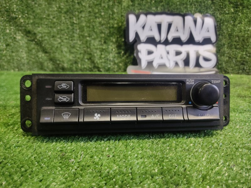 Блок управления климат-контролем Nissan Elgrand AVWE50 QD32ETI 1998 (б/у)