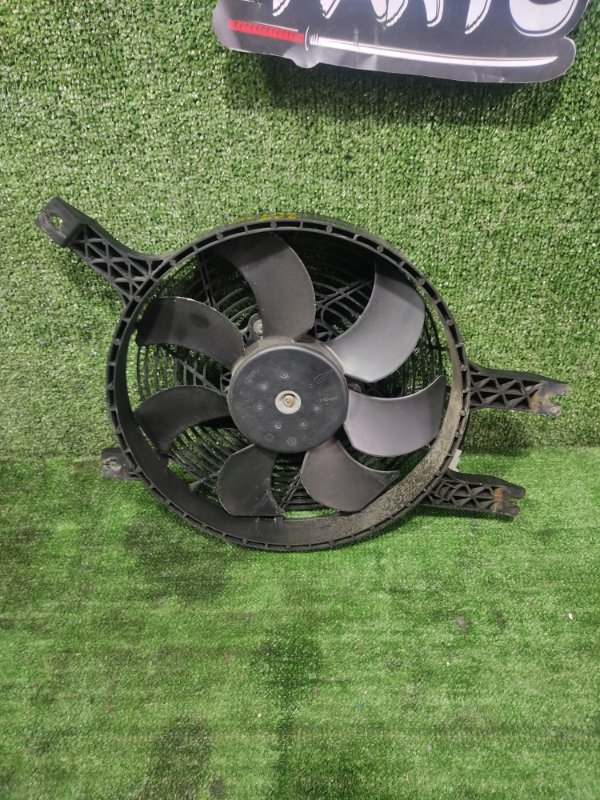 Вентилятор радиатора кондиционера Nissan X-Trail PNT30 SR20VET 2005 (б/у)
