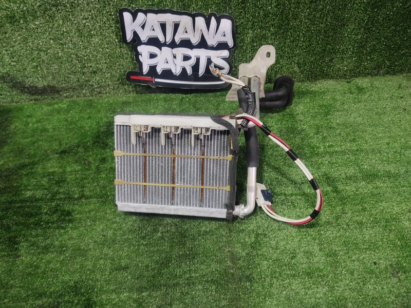 Радиатор печки Toyota Alphard ANH15 2AZFE 2002 передний (б/у)