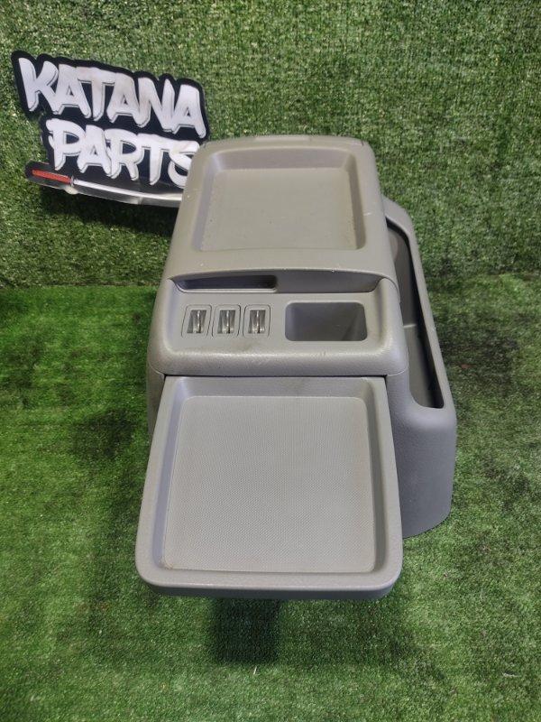 Бардачок между сиденьями Toyota Alphard ANH15 2AZFE 2002 (б/у)