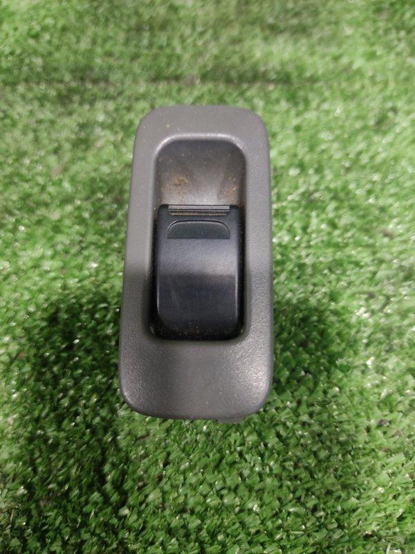 Кнопка стеклоподьемника Suzuki Escudo TD32W RFT 1998 задняя правая (б/у)