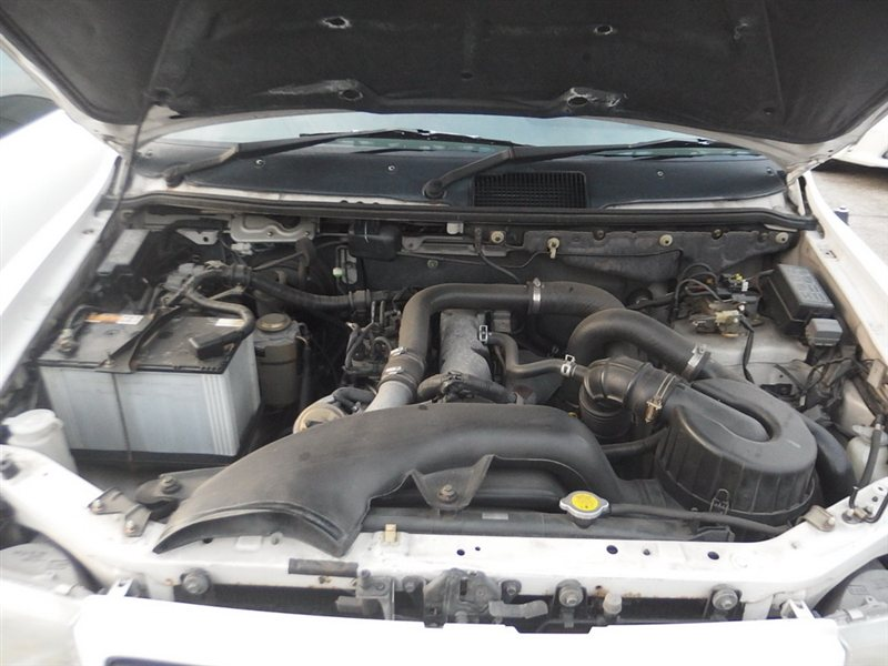 Автомобиль MAZDA MPV LVLR WLT 1997 года в разбор