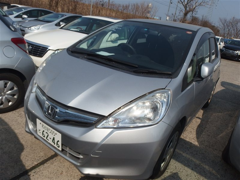 Автомобиль HONDA FIT GP1 LDA 2011 года в разбор