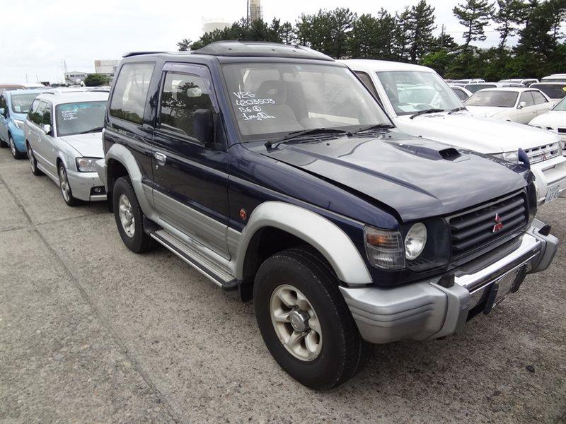 Автомобиль MITSUBISHI PAJERO V26 4M40T 1995 года в разбор