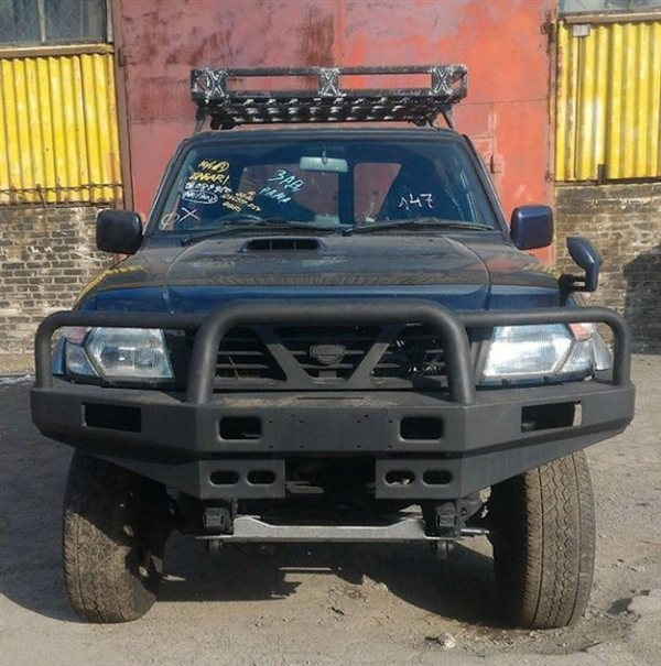 Автомобиль NISSAN SAFARI WYY61 RD28T 1998 года в разбор