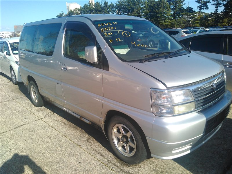 Автомобиль NISSAN ELGRAND AVWE50 QD32 1998 года в разбор