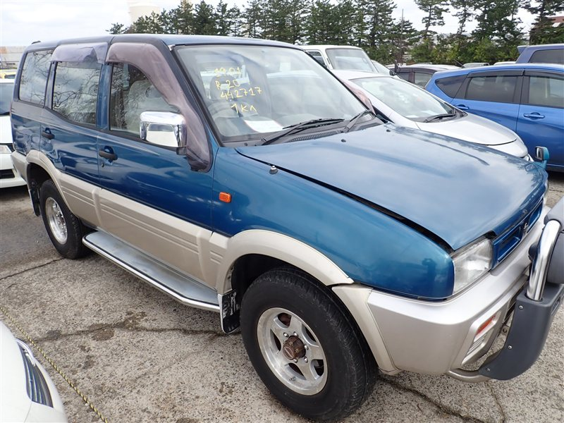 Автомобиль NISSAN MISTRAL R20 TD27T 1996 года в разбор