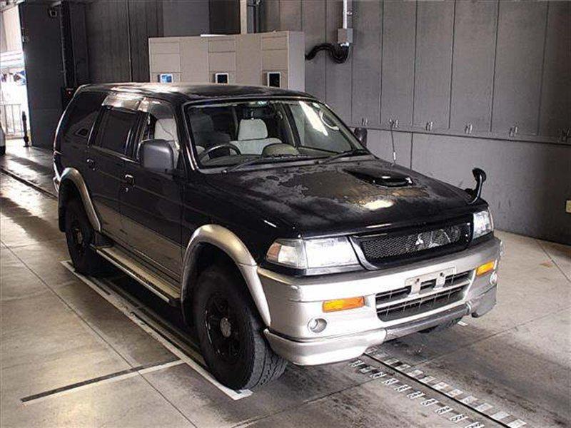 Автомобиль MITSUBISHI CHALLENGER K97W 4M40T 1996 года в разбор