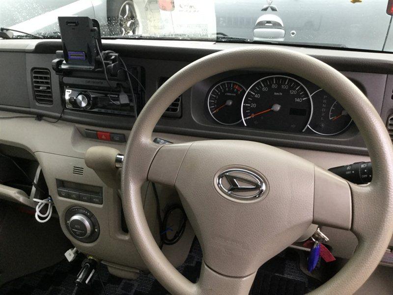 Автомобиль DAIHATSU ATRAI S331G KFDET 2007 года в разбор