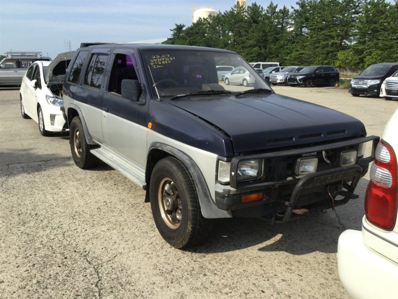 Автомобиль NISSAN TERRANO WHYD21 VG30E 1990 года в разбор