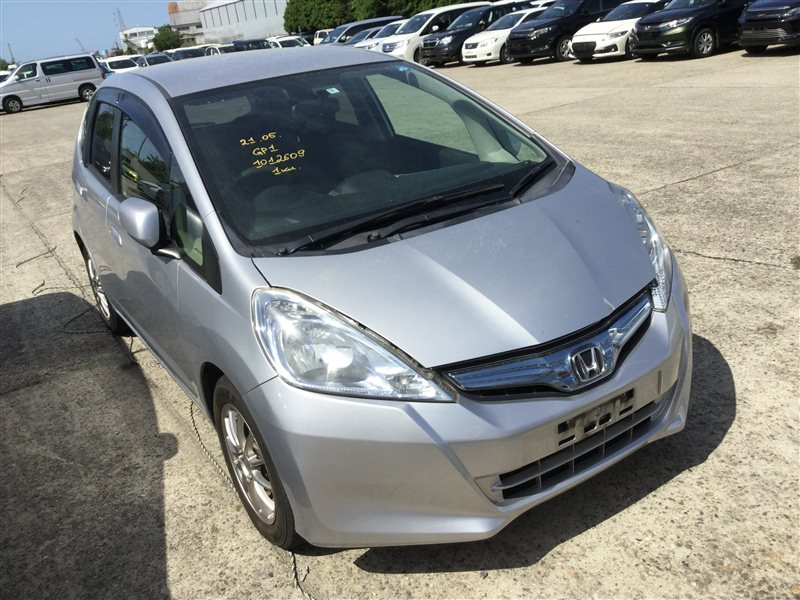 Автомобиль HONDA FIT GP1 LDA 2010 года в разбор