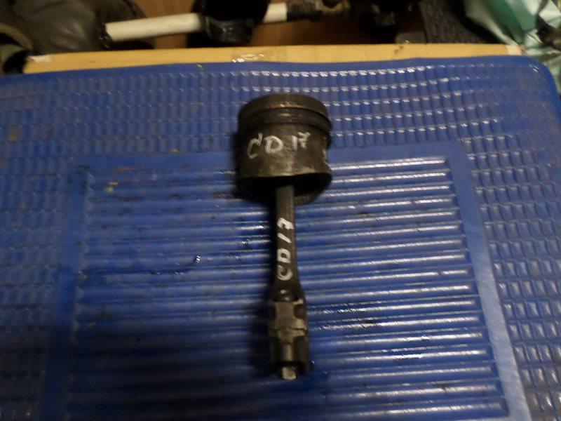 Поршень Nissan Sunny SB14 CD17
