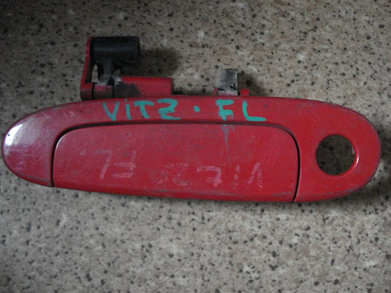 Ручка двери внешняя Toyota Vitz NCP10 передняя левая