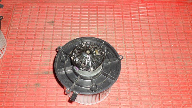 Мотор печки Mazda Scrum DG64V