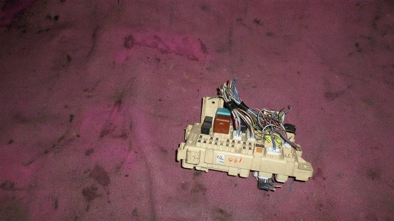 Блок предохранителей Toyota Opa ACT10 1AZ-FSE