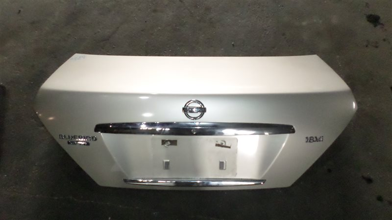 Крышка багажника Nissan Bluebird Sylphy QG10