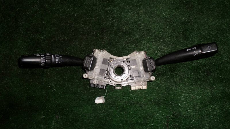 Переключатель поворотов Toyota Gaia SXM10 3S-FE