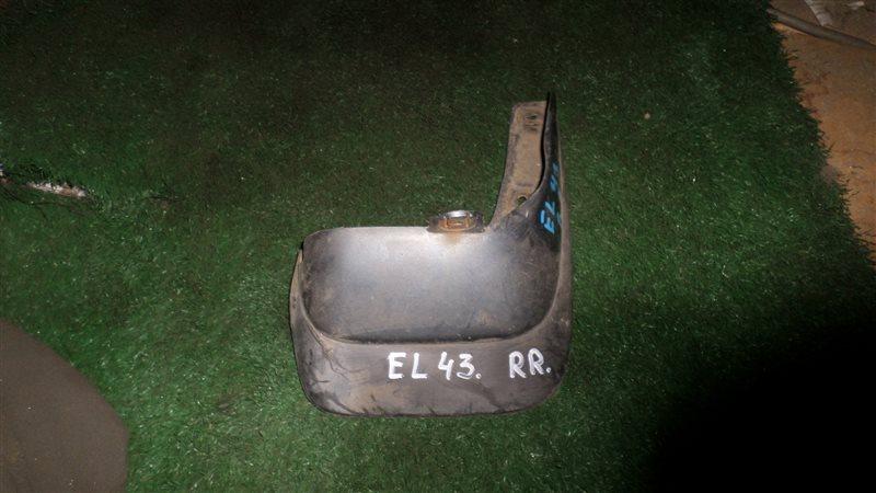 Брызговик Toyota Corolla Ii EL43 4E-FE задний правый
