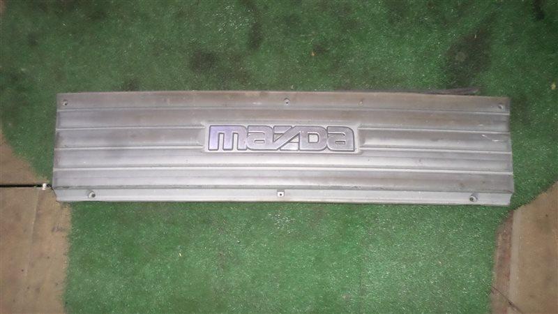 Решетка радиатора Mazda Bongo Brawny SDEAT