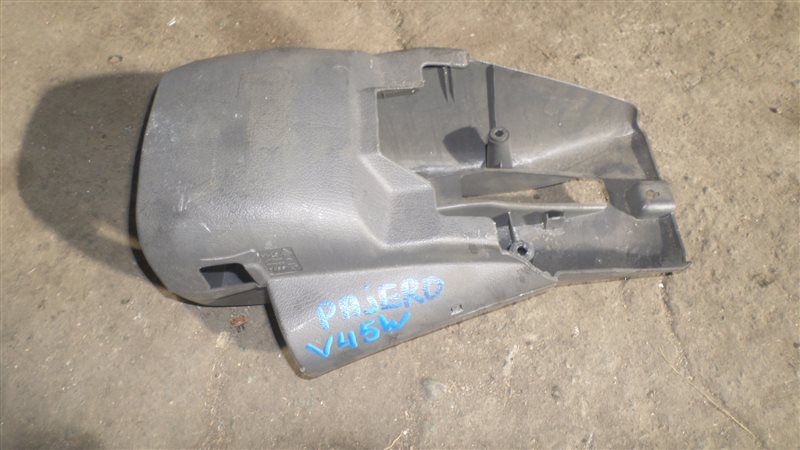 Кожух рулевой колонки Mitsubishi Pajero V45W 6G74
