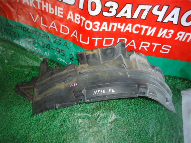 Подкрылок Nissan Xtrail NT30 QR20DE передний левый