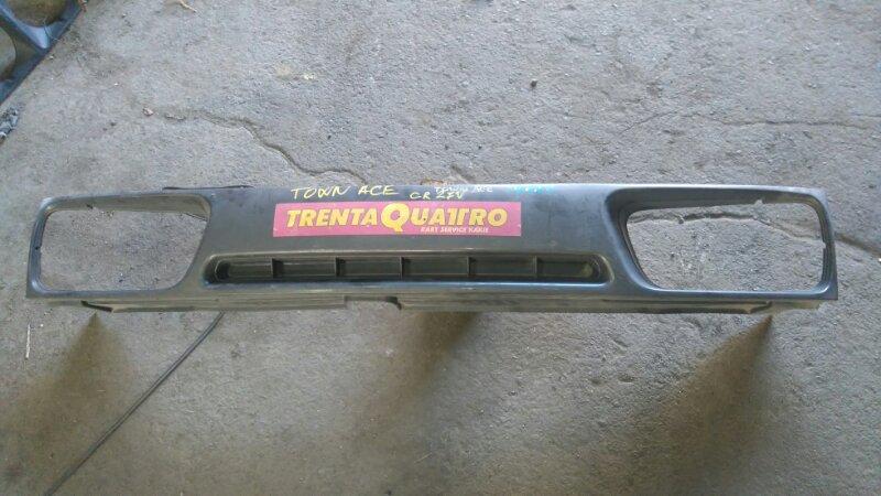 Решетка радиатора Toyota Town Ace CR27