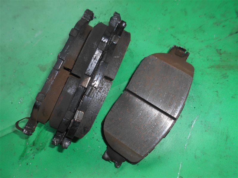 Тормозные колодки Toyota Isis ANM10 1AZ-FSE переднее