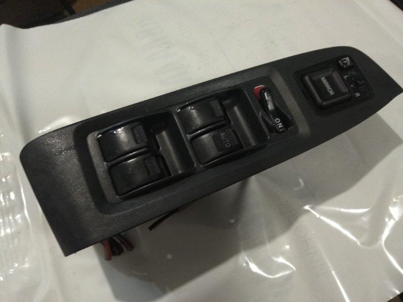 Блок управления стеклами Honda Torneo CF3 F18B передний правый