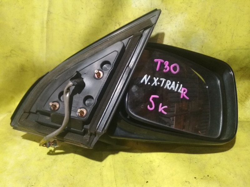 Зеркало Nissan X-Trail NT30 QR20DE правое