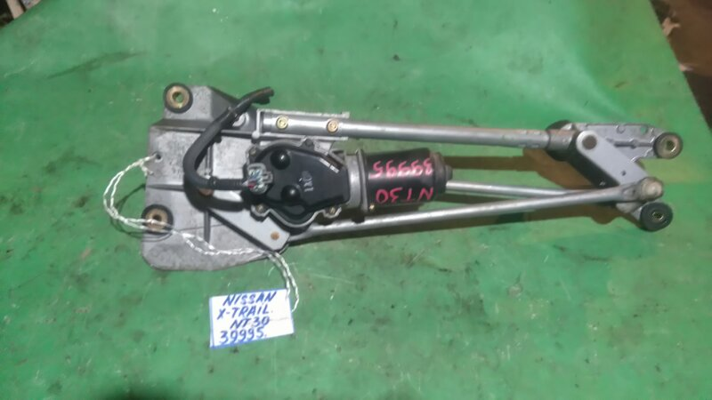 Мотор стеклоочистителя Nissan X-Trail NT30 QR20DE передний
