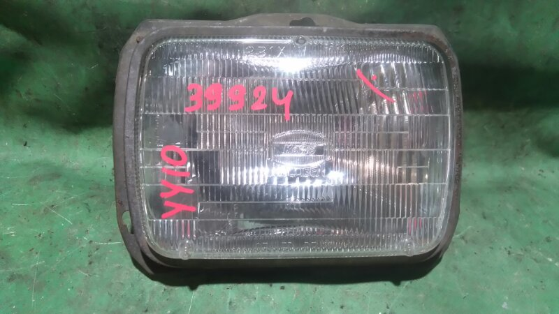 Лампа-фара Nissan Ad VY10 GA13DS передняя