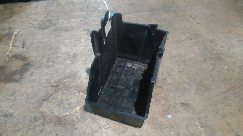 Подставка под аккумулятор Honda Freed GB3 L15A
